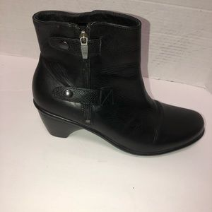 Dansko black leather buckle ankle boots 42/11.5